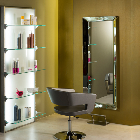 Оборудване за фризьорски салони в България